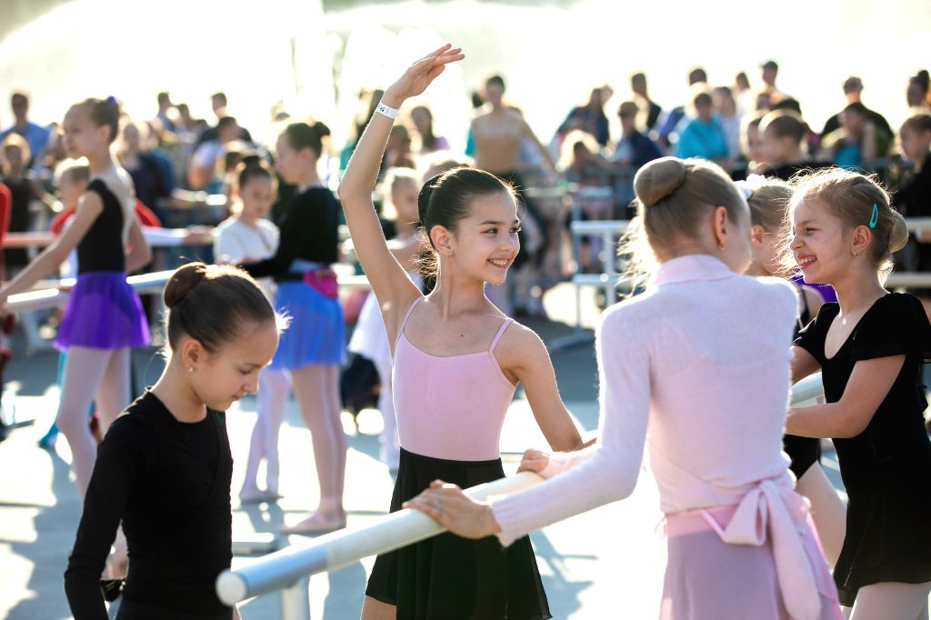 MOSCOW, June 1, 2019 - Ballet dancers get ready for a ballet master class by Nicolay Tsiskaridze during The World Ballet Holidays Festival in Moscow, Russia, on June 1, 2019. The World Ballet ...
