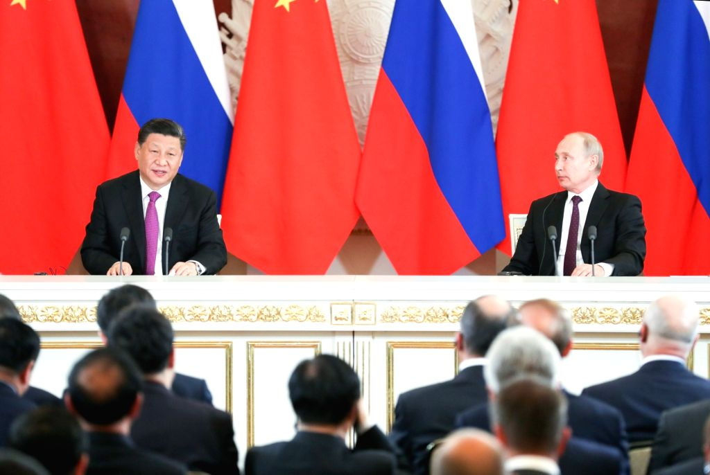 MOSCOW, June 5, 2019 - Chinese President Xi Jinping (L) and his Russian counterpart Vladimir Putin meet the press after their talks in Moscow, Russia, June 5, 2019. Xi Jinping held talks with ...