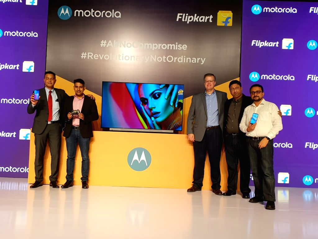 Motorola Mobility Head (Product Marketing and E-Commerce) Uvais Chinoy, MD Prashanth Mani, Motorola Legal Head (Trademarks, Brand and Advertising) David Carroll, Flipkart Vice President ... - Adarsh K. Menon and Ajay Veer Yadav