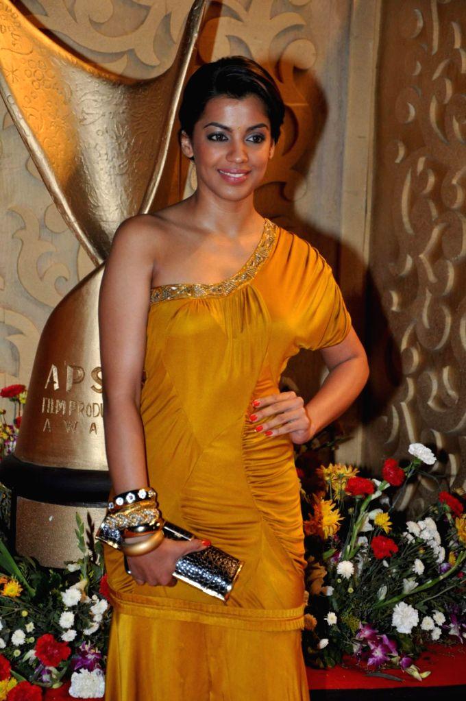Mugdha Godse at Apsara Awards in Chitrakot Grounds. - Mugdha Godse