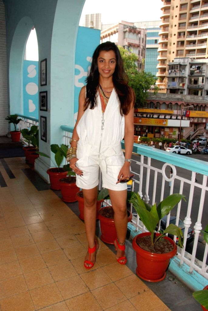 Mugdha Godse at Sobo Men's Wear at Chopatty. - Mugdha Godse