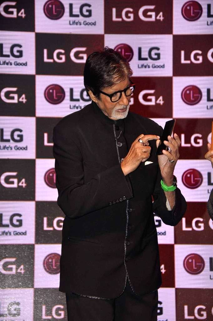 Actor Amitabh Bachchan and Soon Kwon, Managing Director, LG Electronics India During the launch LG smartphone in Mumbai on June 19, 2015.
