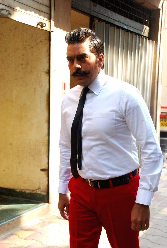 Actor Ashutosh Rana on location of Ismail Darbar`s directorial debut at Filmalaya in Mumbai on Feb 24, 2015. - Ashutosh Rana