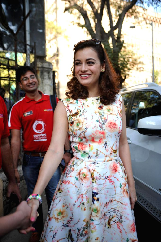 Actor Dia Mirza during the press conference to raise funds for Swades foundation organised by Standard Charted Mumbai Marathon in Mumbai, on Jan. 12, 2015. - Dia Mirza