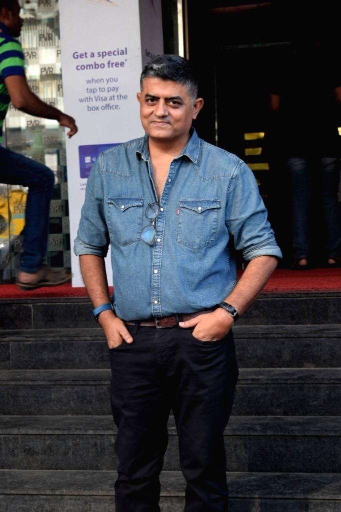 :Mumbai: Actor Gajraj Rao seen outside a Mumbai cinema hall on Oct 19, 2018. (Photo: IANS).