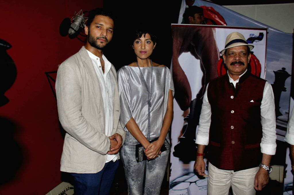 Actor Govind Namdev,Lalit Bisht and Jesse Randhawa during the muhurat and song recording of film JD in Mumbai, on 5th Jan 2015 - Govind Namdev