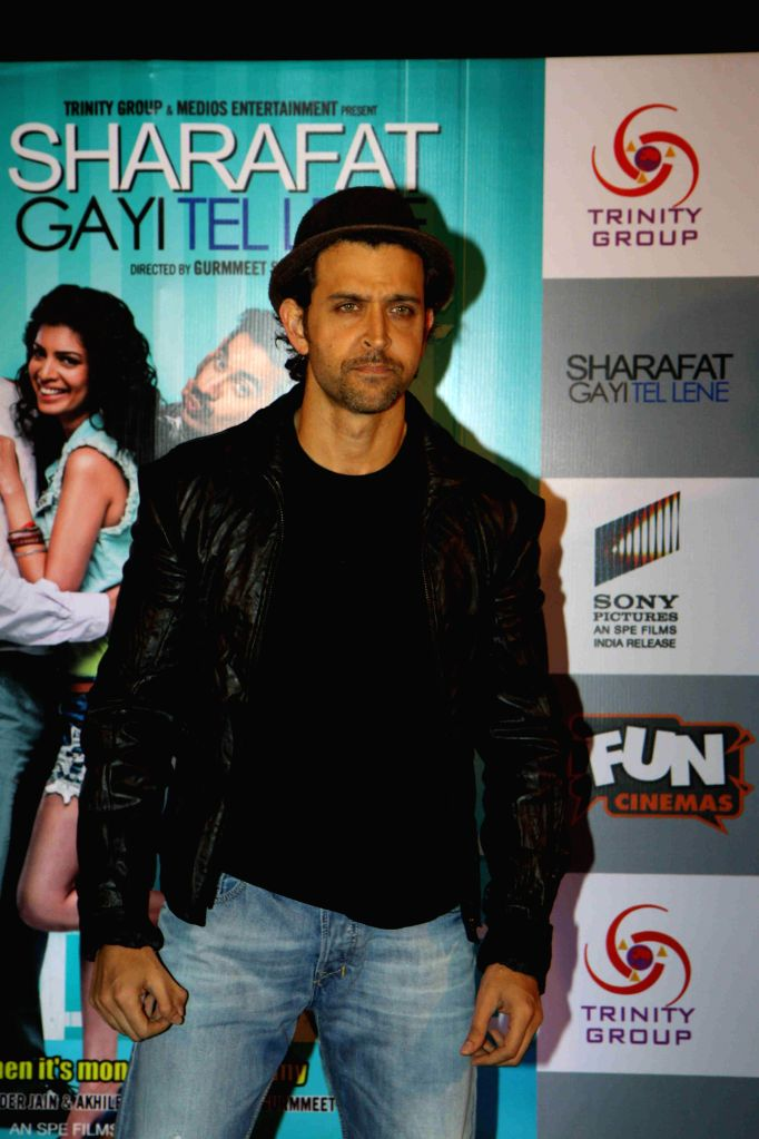 "Actor Hrithik Roshan during the premiere of film ""Sharafat Gayi Tel Lene"" in Mumbai, on Jan. 15, 2015. - Hrithik Roshan"