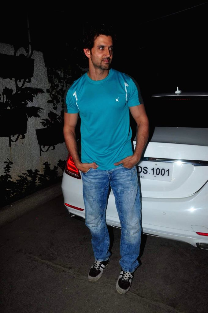 Hrithik Roshan watches film Welcome to Karachi