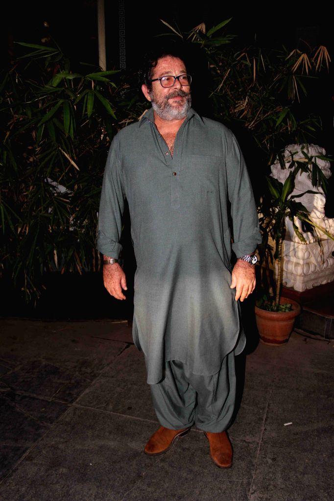 Actor Kunal Kapoor during Babita Kapoor`s birthday party in Mumbai, on April 19, 2015. - Kunal Kapoor