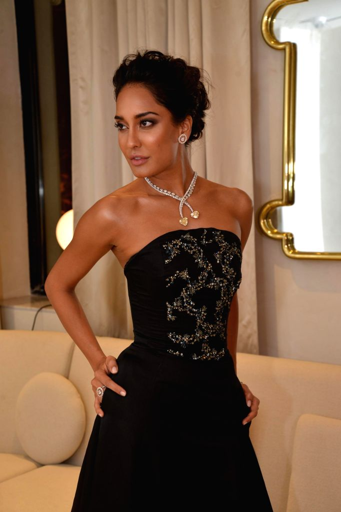 Actor Lisa Haydon during the inauguration of Nirav Modi Jewellry shop in Mumbai on March 14, 2015. - Lisa Haydon