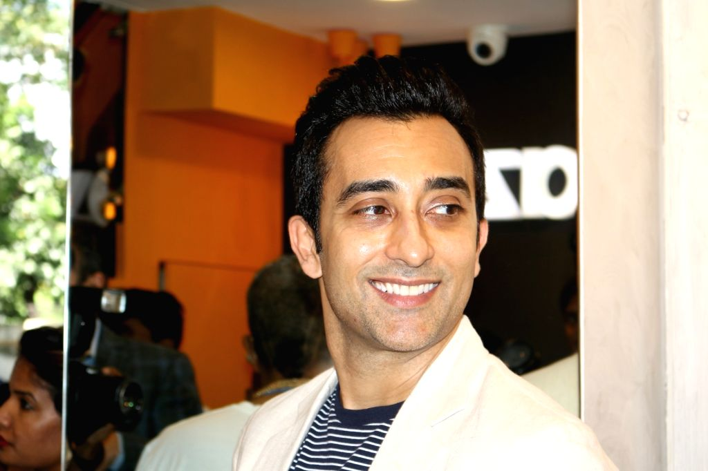 Mumbai: Actor Rahul Khanna during the launch of Shaze luxury retail newest outpost at Colaba in Mumbai on Oct. 7, 2016. (Photo: IANS) - Rahul Khanna