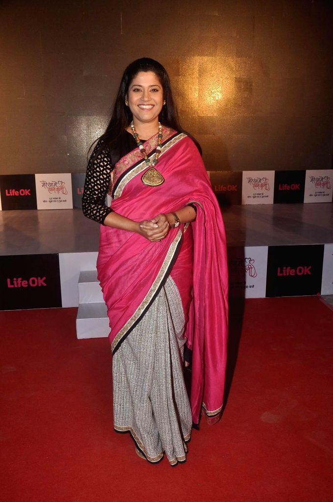 Actor Renuka Shahane during the launch of Life Ok`s television serial Mere Rang Mein Rangne Wali in Mumbai, on November 13, 2014. - Renuka Shahane