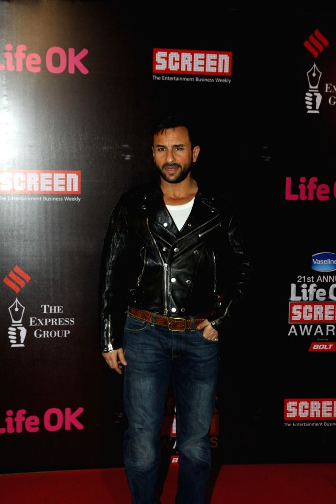 Actor Saif Ali Khan during the 21st Annual Life OK Screen Awards in Mumbai on Jan. 14, 2015. - Saif Ali Khan