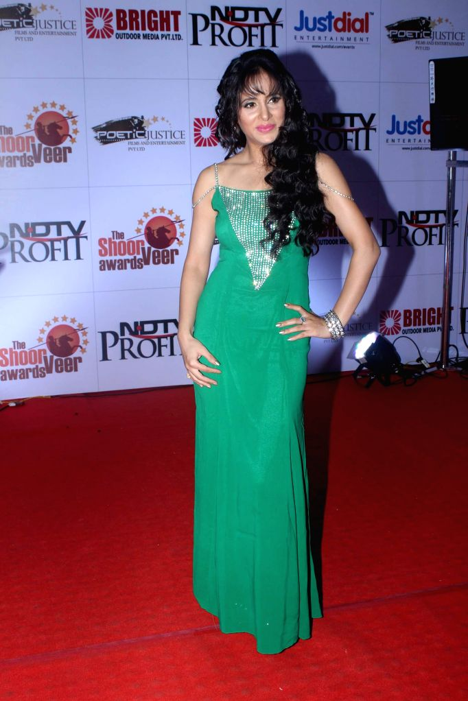 Actor Shweta Khanduri during the The Shoorveer Awards 2015 in Mumbai on March 14, 2015. - Shweta Khanduri