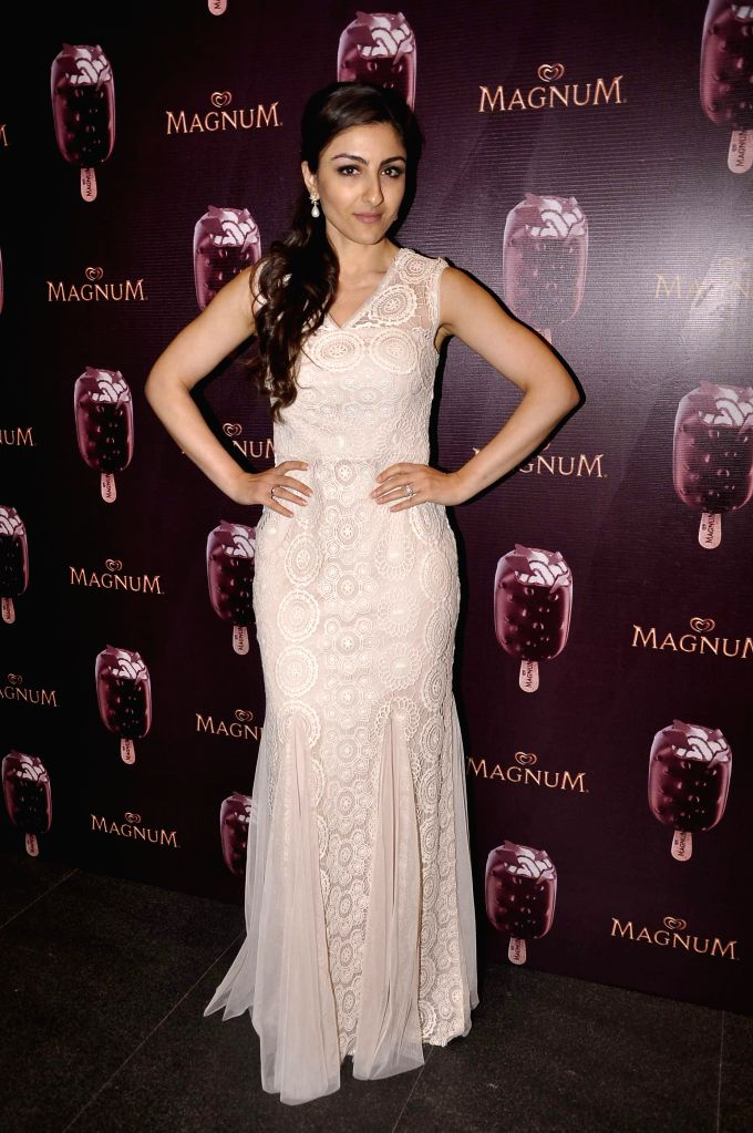 Actor Soha Ali Khan during the launch of a new Choco Cappuccino flavour of HUL`s Magnum Icecream in Mumbai on Feb 22, 2015. - Soha Ali Khan