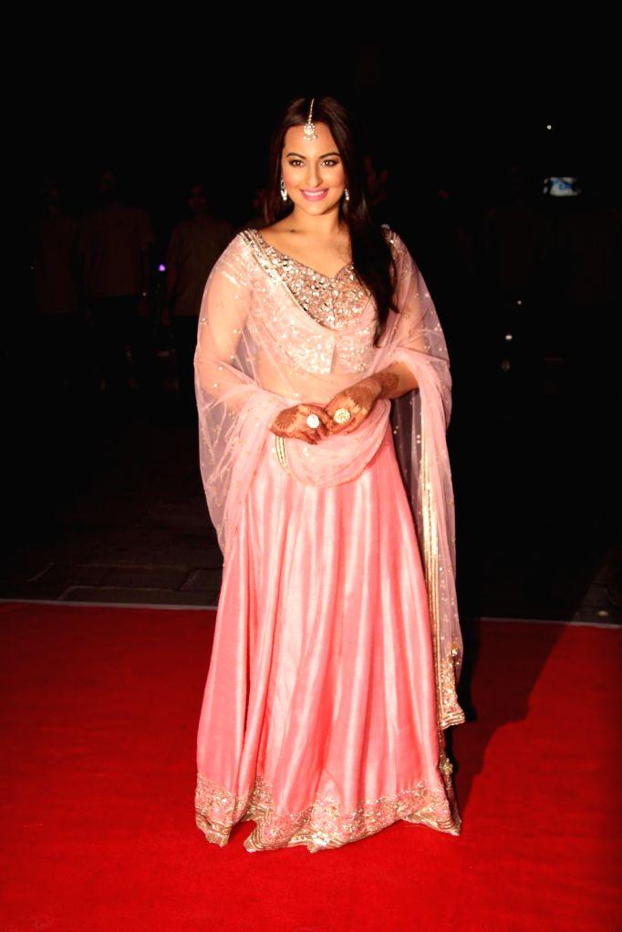 Actor Sonakshi Sinha during her brother Kush wedding reception in Mumbai, on Jan. 19, 2015. - Sonakshi Sinha