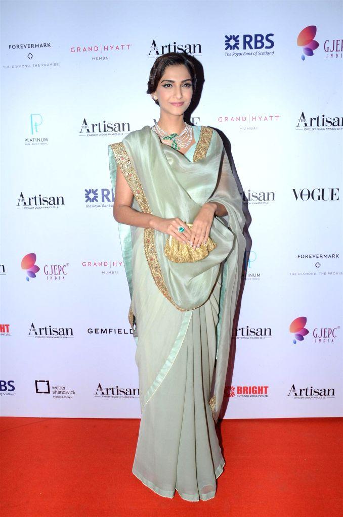 Actor Sonam Kapoor during The Artisan Jewellery Design Awards 2014 in Mumbai on Feb 20, 2015. - Sonam Kapoor