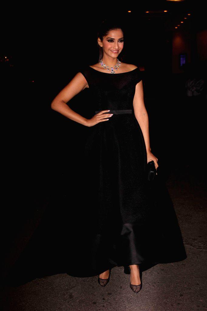 Actor Sonam Kapoor during the launch of designer Samyukta Nair`s night wear label Dandelion, in Mumbai, on Feb 5, 2015. - Sonam Kapoor