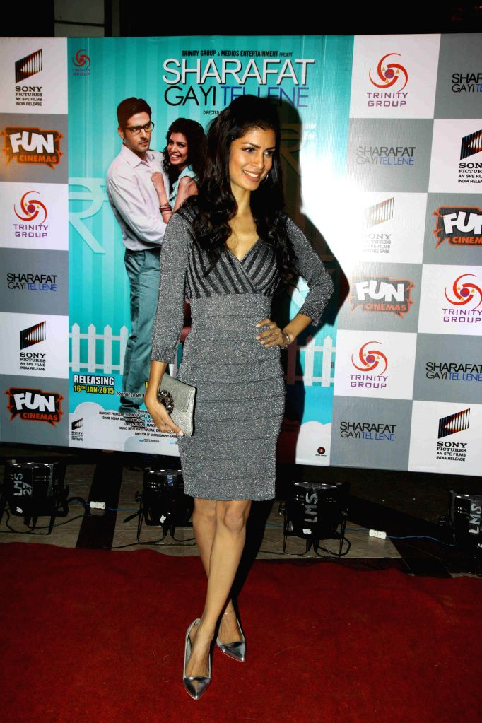 "Actor Tina Desai during the premiere of film ""Sharafat Gayi Tel Lene"" in Mumbai, on Jan. 15, 2015. - Tina Desai"
