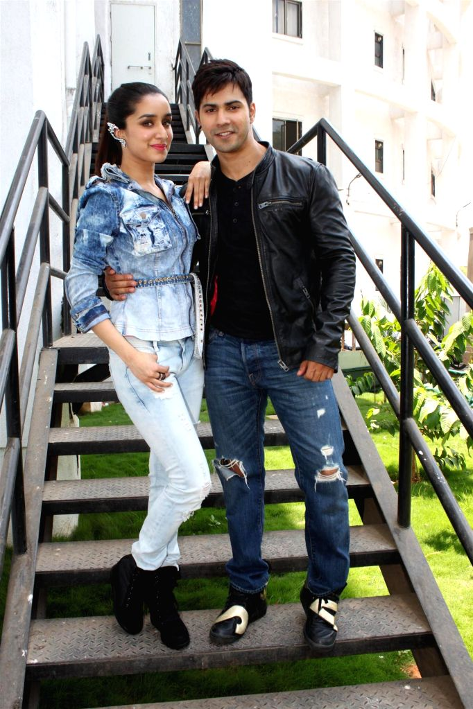 Actor Varun Dhawan and actress Shraddha Kapoor on the sets of Nach Baliye 7 during the promotion of their upcoming film Any Body Can Dance 2 (ABCD2) in Mumbai on May 17, 2015. - Varun Dhawan and Shraddha Kapoor