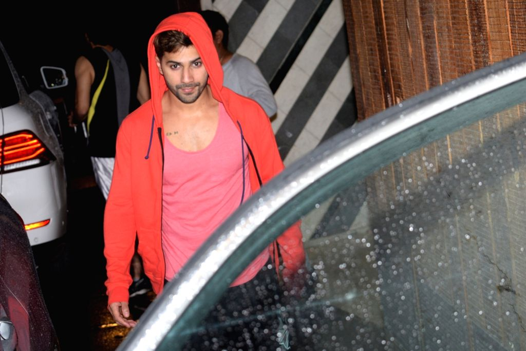 Mumbai: Actor Varun Dhawan seen at a gym in Mumbai on July 4, 2019. (Photo: IANS) - Varun Dhawan