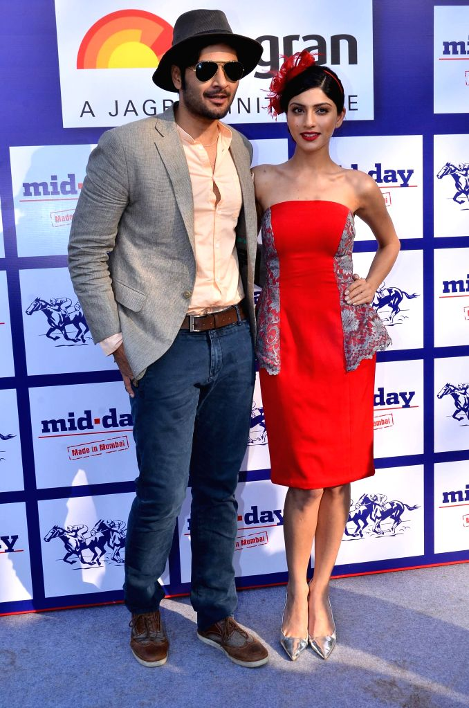 Actors Ali Fazal and Sapna Pabbi during the annual Mid-Day Trophy 2015 at Mahalaxmi race course in Mumbai on Jan 18, 2015. - Ali Fazal and Sapna Pabbi