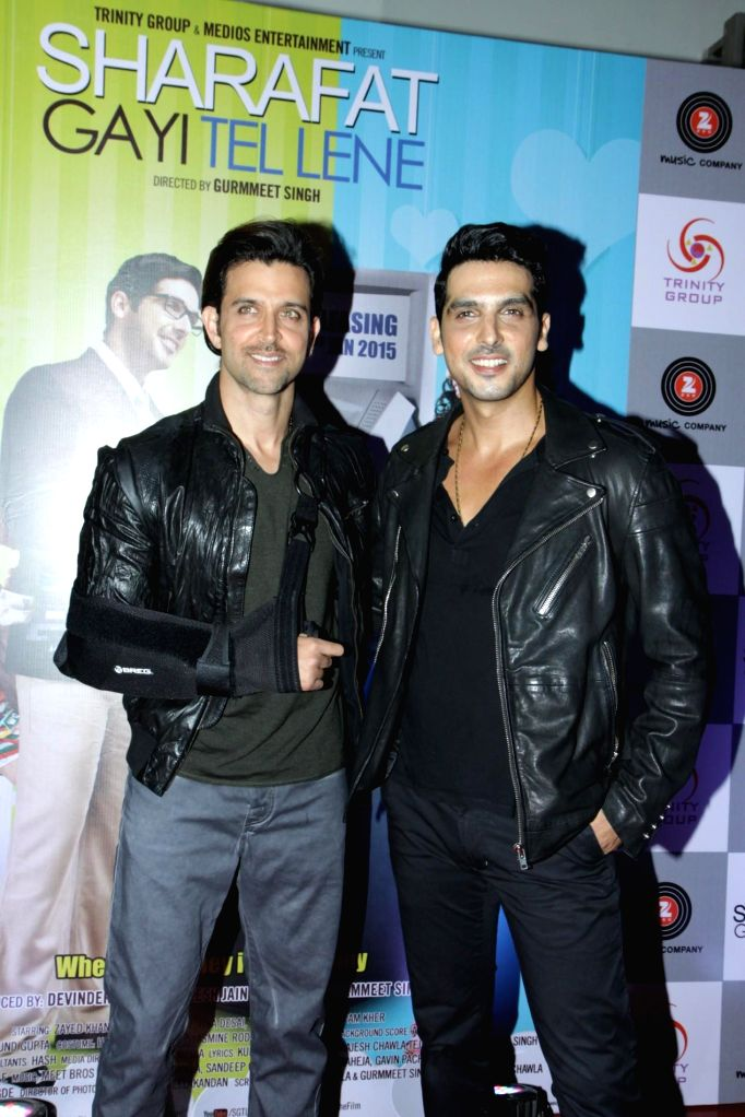 Actors Hrithik Roshan and Zayed Khan during the first look launch of film Sharafat Gayi Tel Lene in Mumbai, on Nov. 14, 2014. - Hrithik Roshan and Zayed Khan