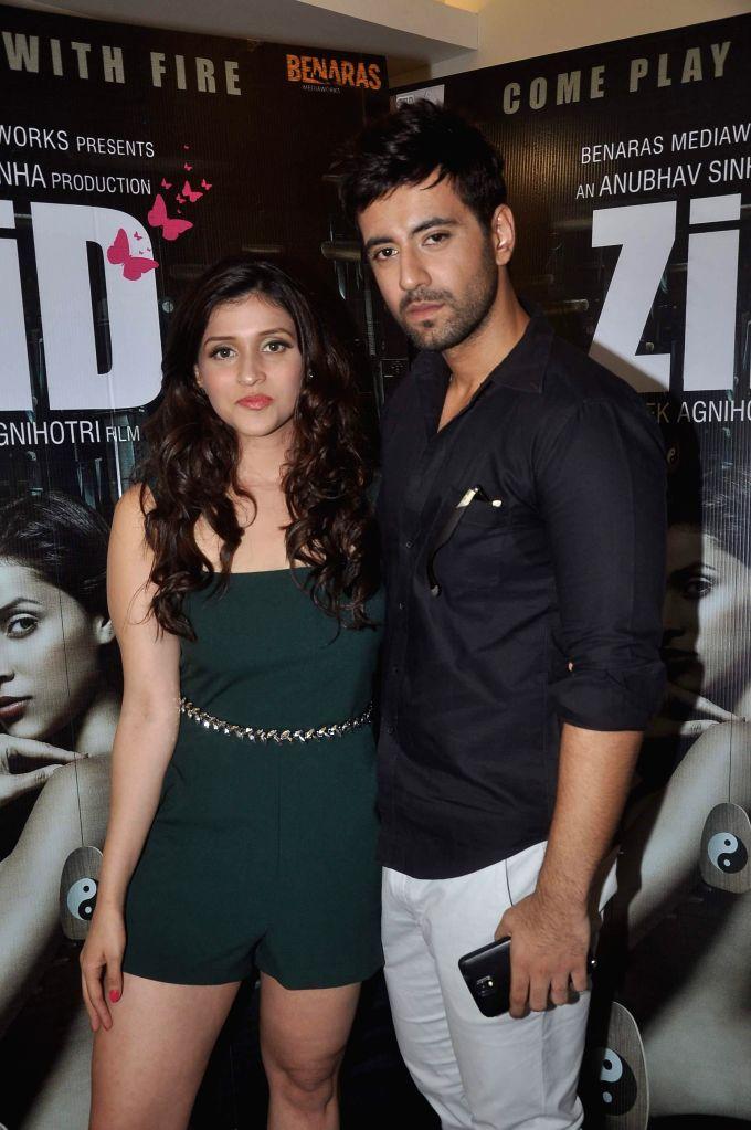Actors Mannara and Karanvir at film Zid media interactions, Mumbai on Nov 13, 2014. - Mannara and Karanvir
