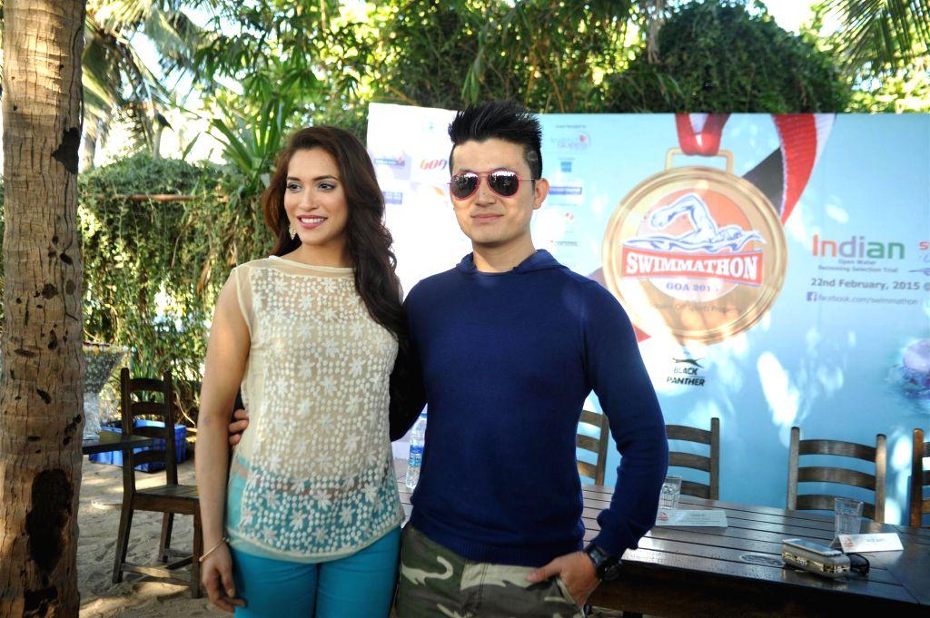 Actors Meiyang Chang and Rashmi Nigam at Swimmathon 2015 press conference in Mumbai on Feb 17, 2015. (Photo : IANS)