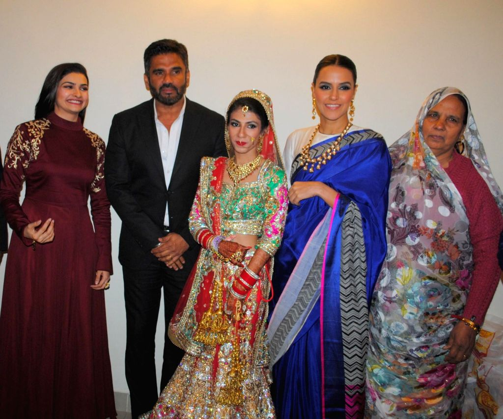 Actors Prachi Desai, Sunil Shetty, Lalita and Neha Dhupia - Prachi Desai, Sunil Shetty, Lalita and Neha Dhupia