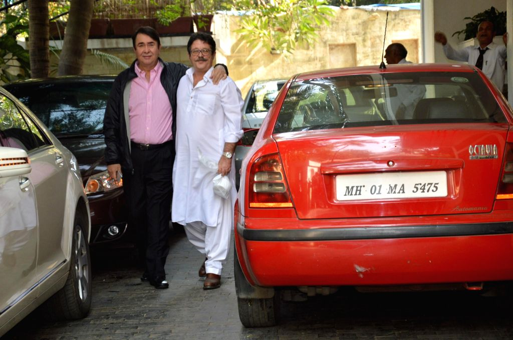Actors Randhir Kapoor and Kunal Kapoor at the annual Christmas lunch hosted by Sashi Kapoor in Mumbai, on December 25, 2014. - Randhir Kapoor, Kunal Kapoor and Sashi Kapoor