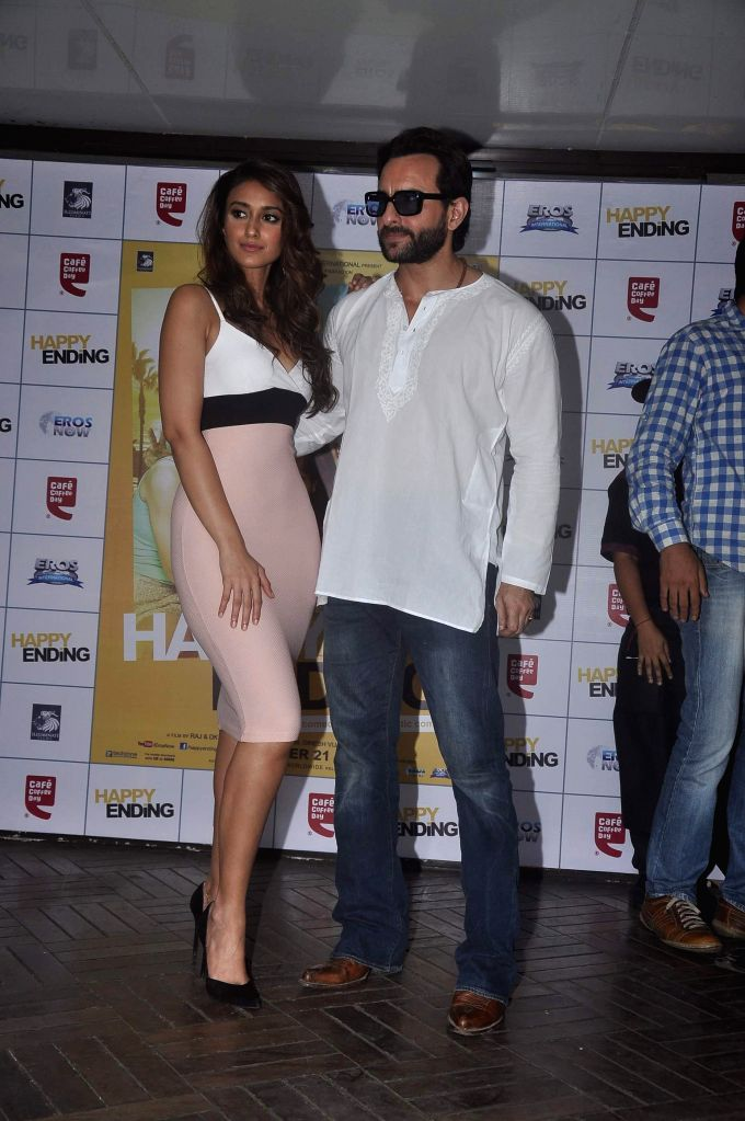 Actors Saif Ali Khan and Ileana D`Cruz during the Promotion of film Happy Ending at Cafe Coffee Day, Mumbai on Nov 15, 2014. - Saif Ali Khan and Ileana D