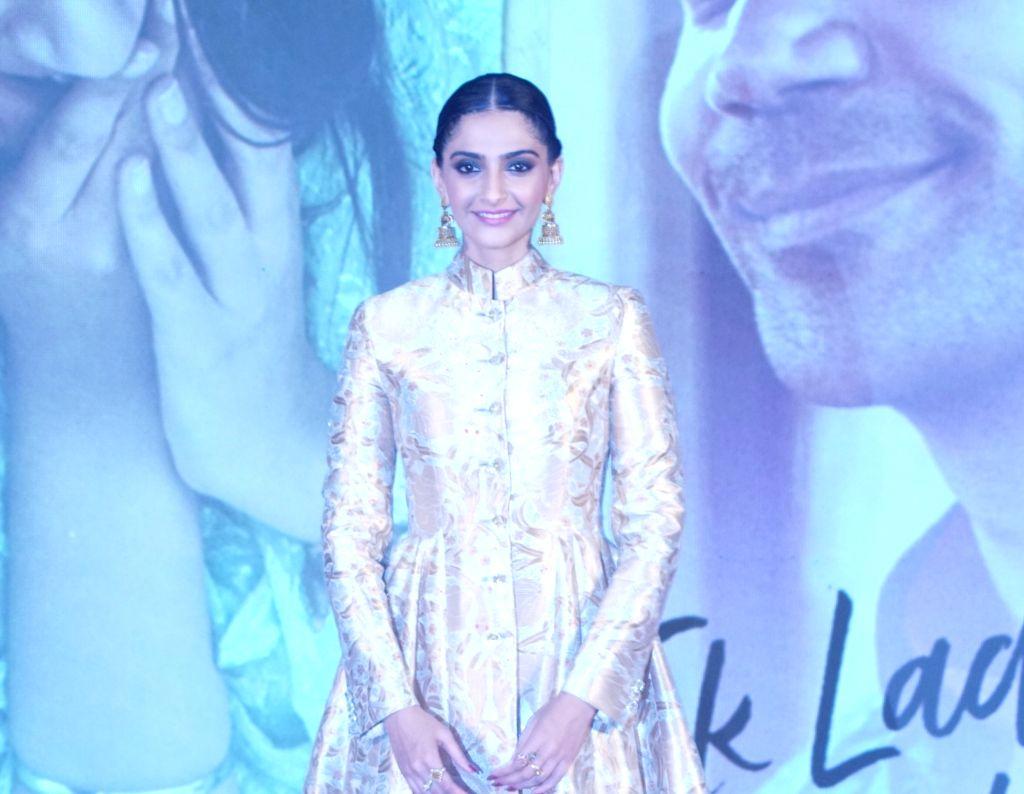 "Mumbai: Actors Sonam Kapoor Ahuja during a press conference to promote her upcoming film ""Ek Ladki Ko Dekha Toh Aisa Laga"" in Mumbai, on Jan 28, 2019. (Photo: IANS) - Sonam Kapoor Ahuja"