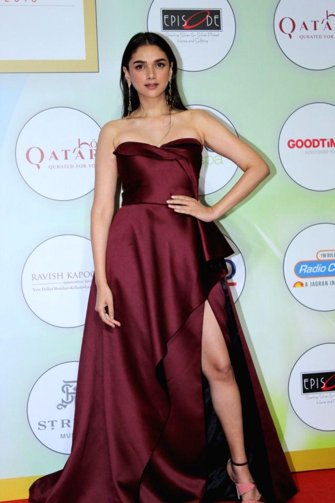 Mumbai: Actress Aditi Rao Hydari on the red carpet of the GeoSpa Awards 2019, in Mumbai, on April 24, 2019. (Photo: IANS) - Aditi Rao Hydari