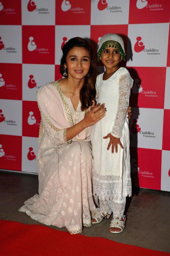 Actress Alia Bhatt during the Cuddles Foundation 3rd Annual Charity Fund raiser event in Mumbai on 7th February 2015 - Alia Bhatt