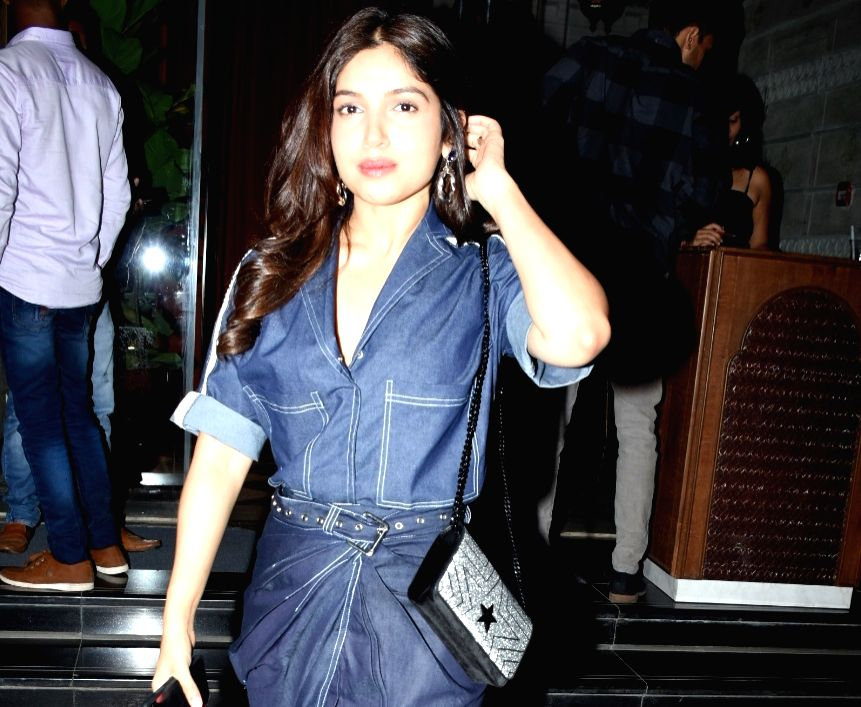Mumbai: Actress Bhumi Pednekar seen at Bandra-Kurla Complex in Mumbai on May 31, 2019. (Photo: IANS) - Bhumi Pednekar