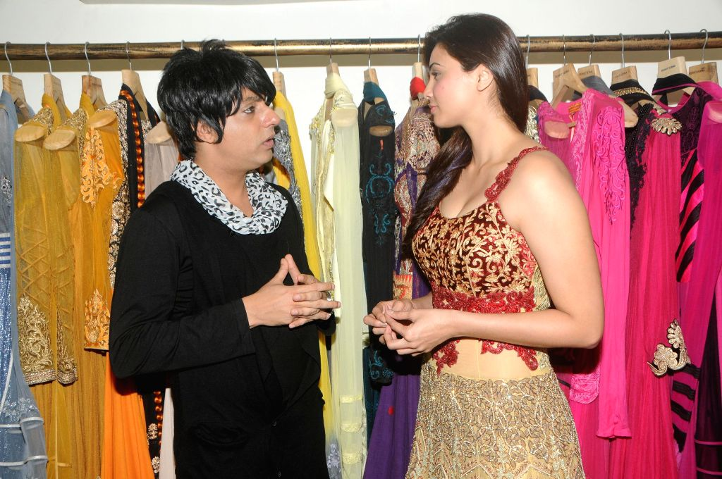 Actress Daisy Shah poses during fittings check with Designer Rohit Verma for the '21st Lions Gold Award 2015' in Mumbai on 5th Jan 2015 - Rohit Verma