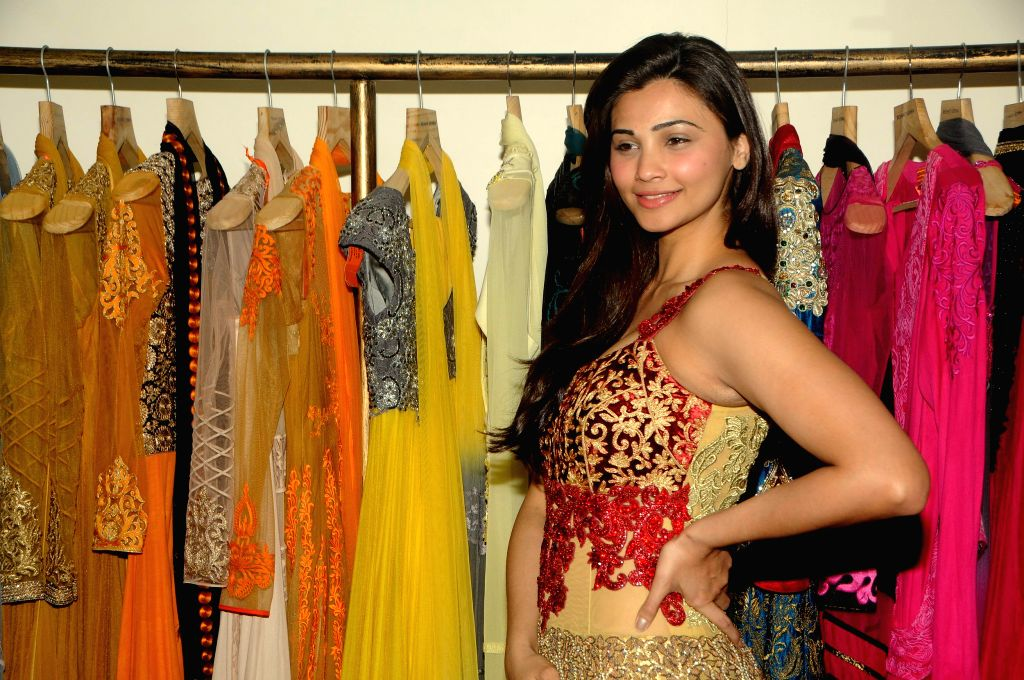 Actress Daisy Shah poses fittings check during the 21st Lions Gold Award 2015' in Mumbai on 5th Jan 2015