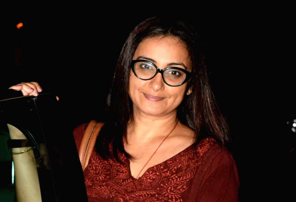 Mumbai: Actress Divya Dutta seen in Mumbai's Juhu, on May 7, 2019. (Photo: IANS) - Divya Dutta