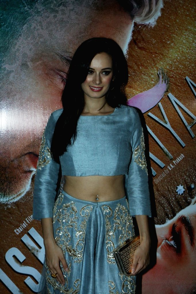 Actress Evelyn Sharma during the trailer launch of film Ishqedarriyaan in Mumbai on 7th April 2015. - Evelyn Sharma
