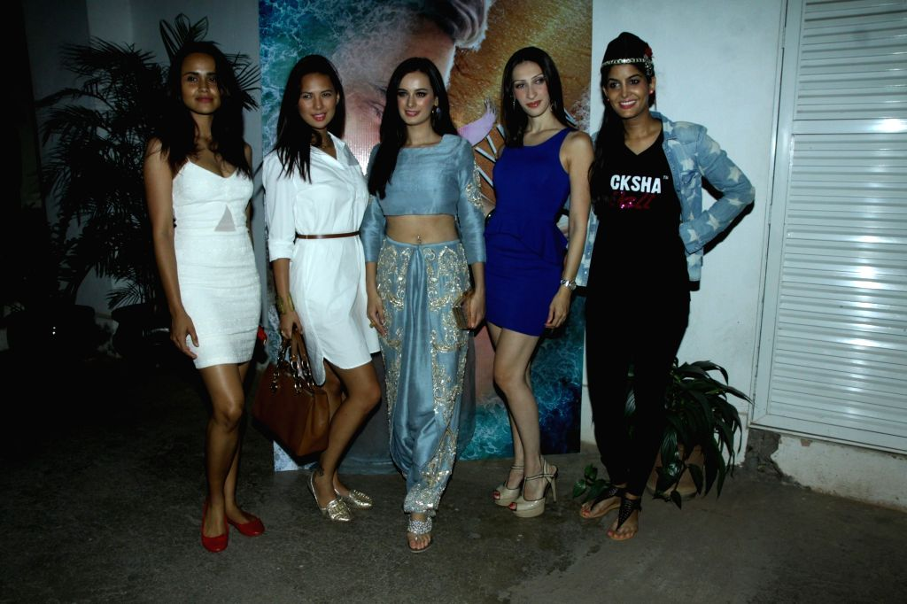 Actress Evelyn Sharma with celebs during the trailer launch of film Ishqedarriyaan in Mumbai on 7th April 2015. - Evelyn Sharma