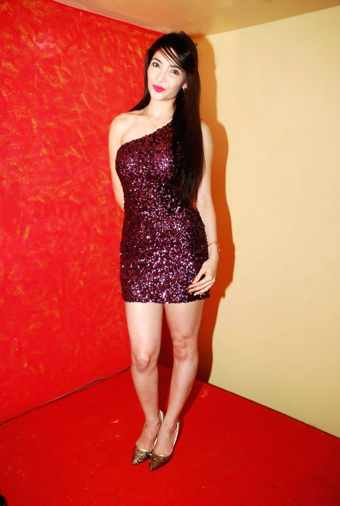 Actress Kaizeen Daruwala  during the music launch of film Round Figure  in Mumbai on Dec 26, 2014. - Kaizeen Daruwala