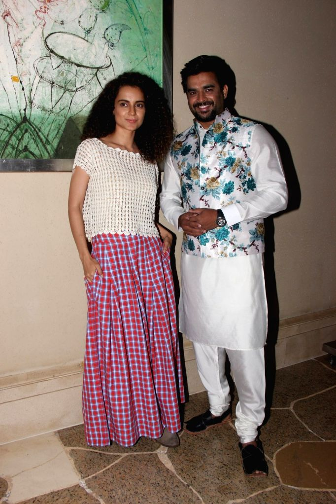 Actress Kangana Ranaut and actor R Madhavan during the promotion of film Tanu Weds Manu Returns in Mumbai, on May 18, 2015. - Kangana Ranaut