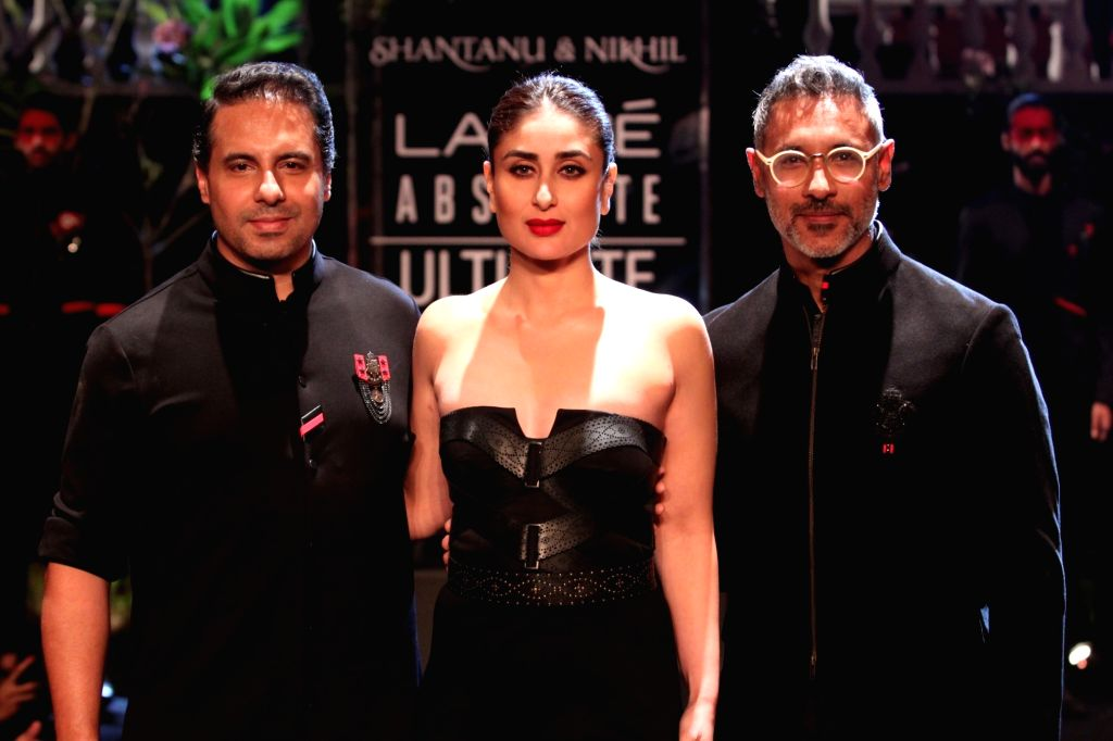 Mumbai: Actress Kareena Kapoor Khan showcases the creation of fashion designers Shantanu and Nikhil during Lakme Fashion Week (LFW) Summer/Resort 2019 in Mumbai, on Feb 3, 2019. (Photo: IANS) - Kareena Kapoor Khan