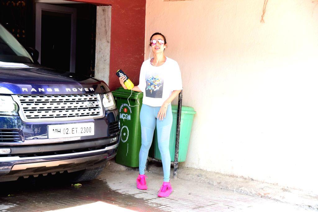 Mumbai: Actress Malaika Arora seen at Bandra in Mumbai, on June 22, 2019. (Photo: IANS) - Malaika Arora