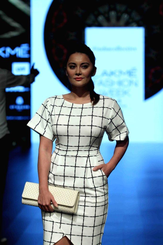 Mumbai: Actress Minissha Lamba during Maku show at the Lakme Fashion Week Summer Resort 2016 in Mumbai on Thursday, March 31, 2016. (Photo: IANS) - Minissha Lamba