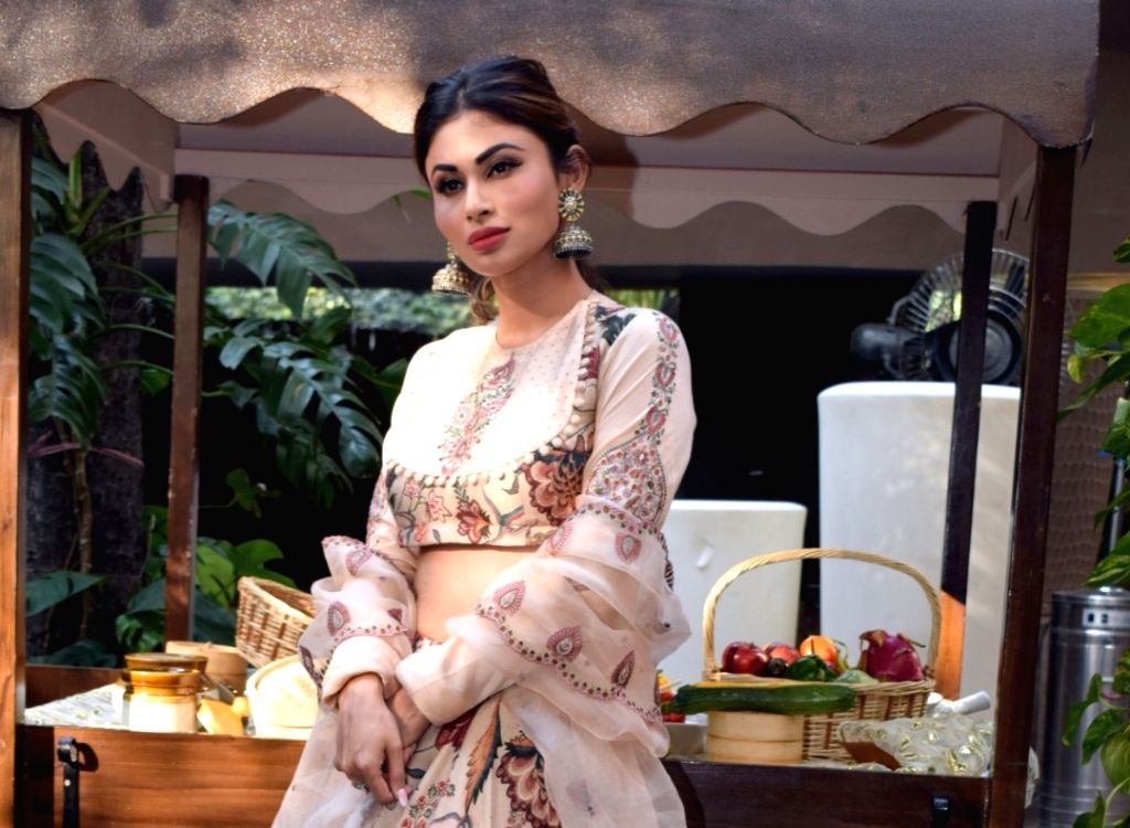 """Mumbai: Actress Mouni Roy during a press conference to promote her upcoming film """"Made in China"""" in New Delhi on Oct 21, 2019. (Photo: Amlan Paliwal/IANS) - Mouni Roy"""