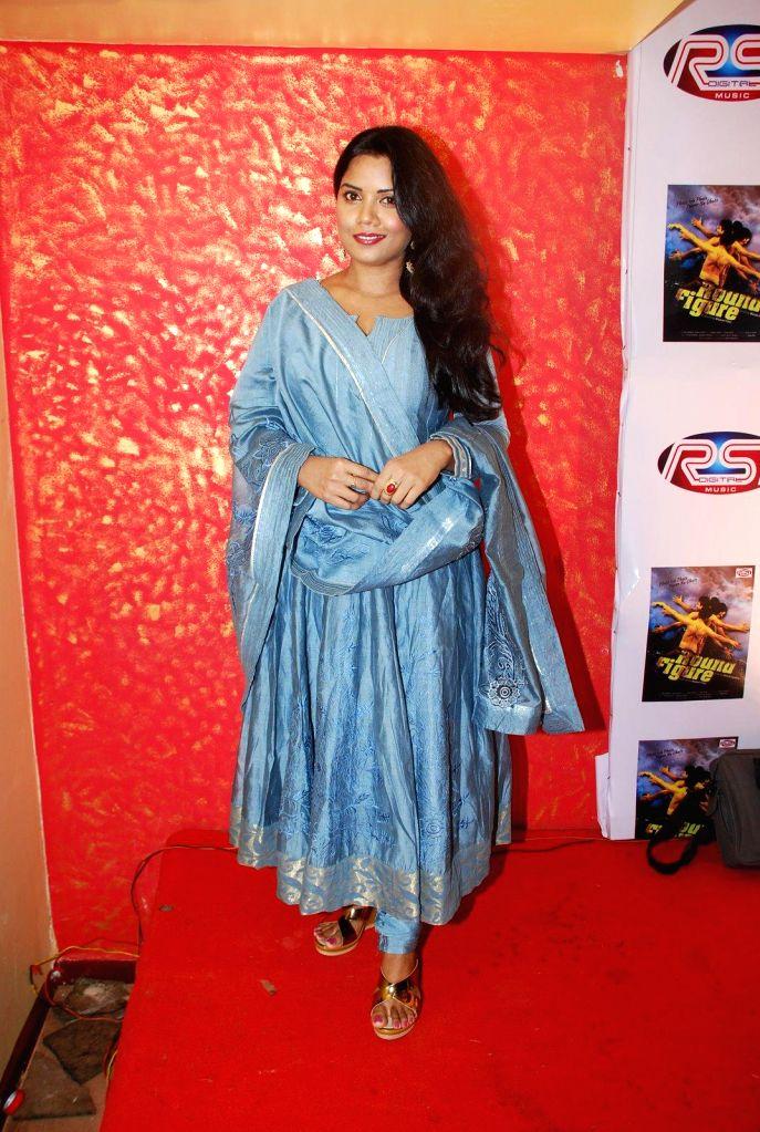 Actress Sarika Saxena during the music launch of film Round Figure  in Mumbai on Dec 26, 2014. - Sarika Saxena