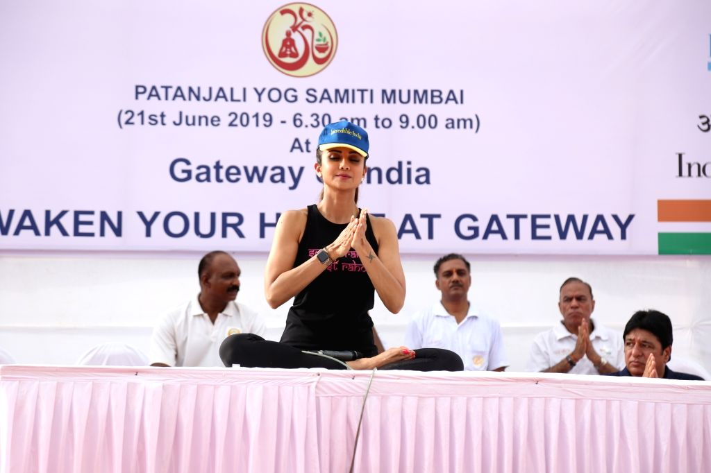 Mumbai: Actress Shilpa Shetty practices yoga asanas - postures - on the 5th International Yoga Day, in Mumbai on June 21, 2019. (Photo: IANS) - Shilpa Shetty
