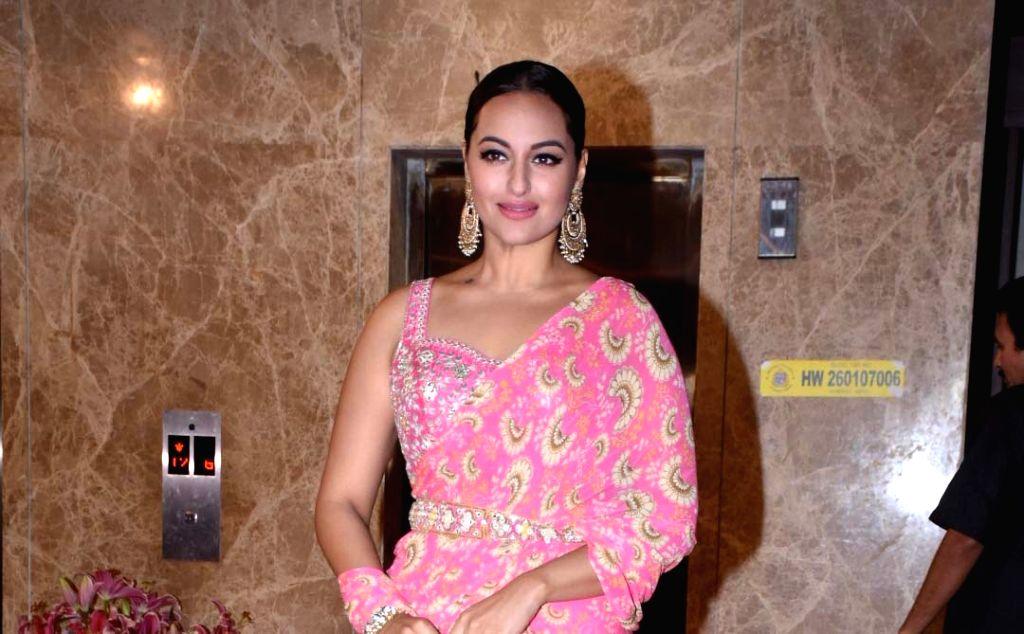 Mumbai: Actress Sonakshi Sinha at filmmaker Ramesh Taurani's Diwali bash in Mumbai on Oct 23, 2019. (Photo: IANS) - Sonakshi Sinha